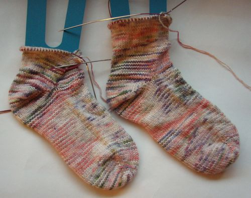 Sweatermaker toe up socks wip 1